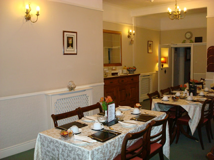 Hunters Lodge dining room